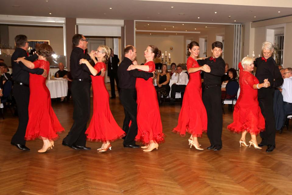 Tanzt, Tanzt, Tanzt